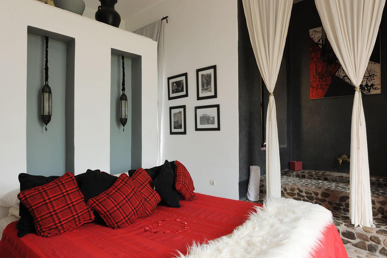 A bedroom in Villa Lak Lak at Villas Fawakay - family villa in Morocco